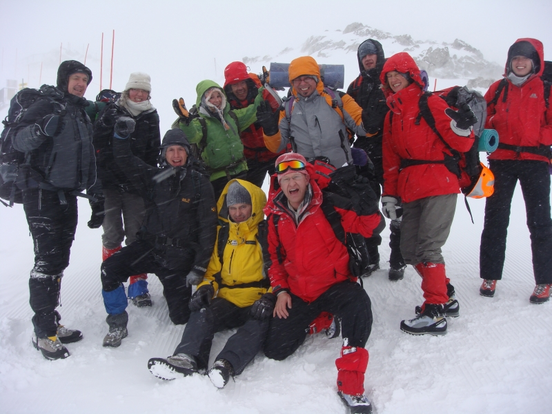 Schnee- und Lawinenkunde bei -20° ¦ Praktische Trainings und Ausbildungen