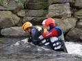 Hochwassertraining: Gemeinsam gegen den Strom ¦ Praktische Trainings und Ausbildungen